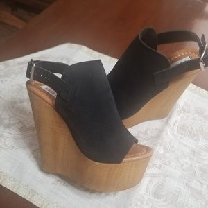 "Steve Madden ""Brandey"" Wood Wedge Made in Italy"